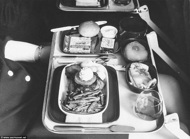 Nếu bạn bay vào những năm 70s, bạn sẽ được ăn nguyên miếng bít tết to đến mức bạn phải lúng túng khi sử dụng dao để cắt