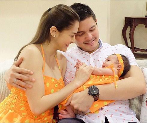 Gia đình hạnh phúc của mỹ nhân đẹp nhất Philippines
