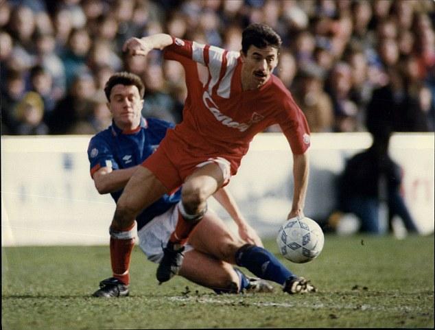 Cựu danh thủ của Liverpool Ian Rush