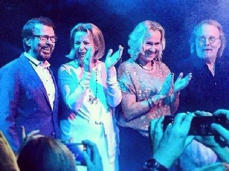 Hình ảnh xuất hiện công khai hiếm hoi cùng nhau của ban nhạc đình đám một thời ABBA kể từ khi tan rã năm 1982