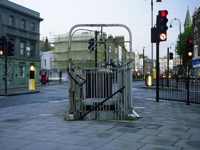 Một nhà vệ sinh công cộng từ thời Victoria nằm tại Kentish Town, phía bắc London.