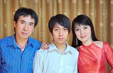 Gia đình NSND Thái Bảo.