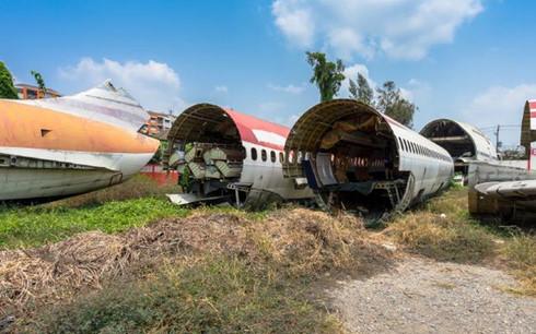 Có thể nói nghĩa trang máy bay ở Hua Mak là nơi kì lạ nhất