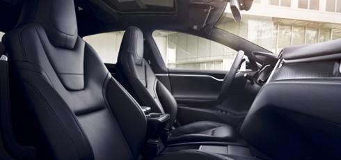 Chiếc sedan của Tesla cho phép khách hàng thuê với niên hạn 3 năm