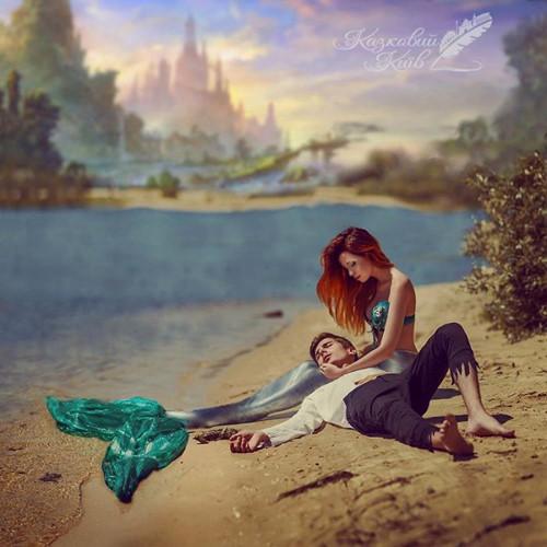 Họ tái hiện khung cảnh thần tiên trong những câu chuyện cổ tích như Nàng tiên cá, Người đẹp ngủ trong rừng, Nàng Bạch Tuyết và bảy chú lùn, Peter Pan...