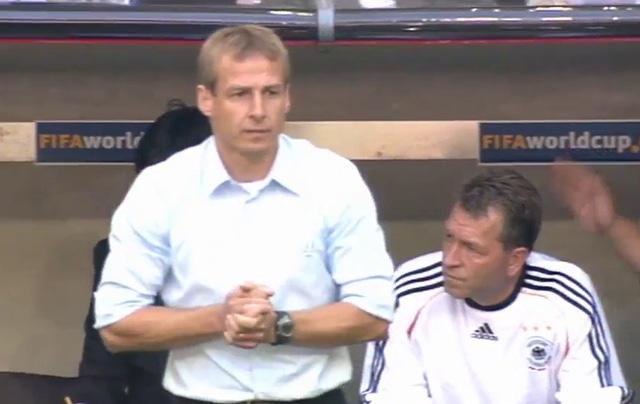 HLV Hữu Thắng liệu có thể xây dựng lại đội tuyển từ đầu như Klinsmann ở tuyển Đức năm 2005