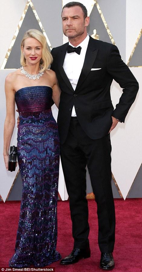 Siêu mẫu Naomi Watts cùng chồng - Liev Schreiber.