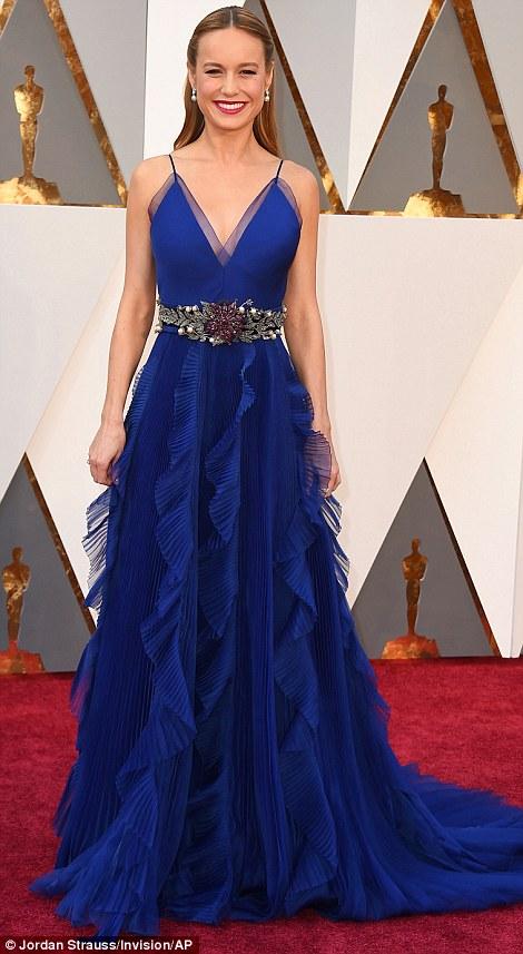 Brie Larson được đánh giá có bộ váy đẹp nhất. Ngôi sao 26 tuổi được đề cử cho phim Room.