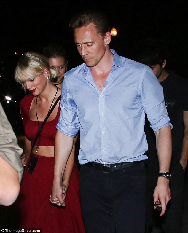 Hình ảnh mới nhất của Taylor và Tom. (Ảnh: Daily Mail)