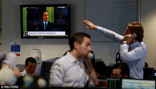 Thị trường tài chính châu Âu chìm trong sắc đỏ sau quyết đi rời EU của nước Anh