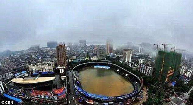 SVĐ Mingtang biến thành bồn tắm khổng lồ sau trận mưa lịch sử
