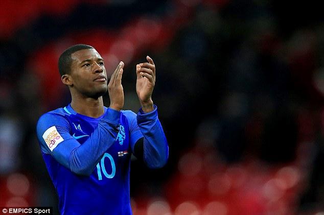 Tiền vệ 25 tuổi này đã có 6 bàn thắng sau 30 lần ra sân cho ĐTQG Hà Lan