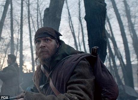"""Vai diễn phản diện mới đây nhất của Tom Hardy là trong phim """"The Revenant"""", diễn chung với Leonardo DiCaprio. Anh nhập vai một người thợ rừng bỏ mặc đồng đội trong lúc thập tử nhất sinh. Khi nhân vật của Leo bị thương chí mạng, nhân vật của Tom đã bỏ mặc đồng đội vì những tư thù cá nhân."""