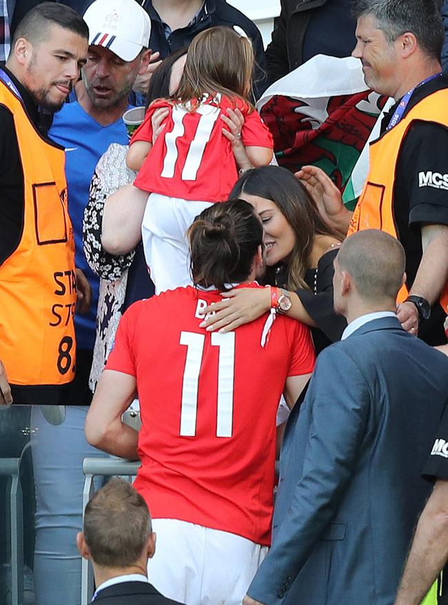 Gareth Bale cũng theo trào lưu này