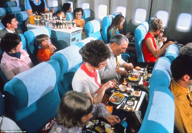 Đây là một bữa ăn của hạng ghế phổ thông trong những năm 1980s