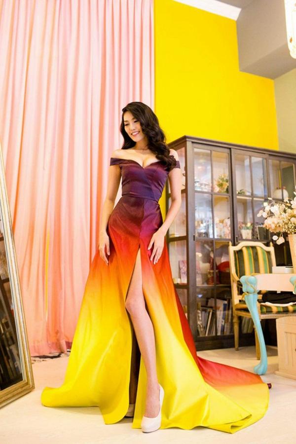 Bộ cánh giúp Lan Khuê giành giải Trang phục dạ hội đẹp nhất tại Hoa hậu Thế giới 2015