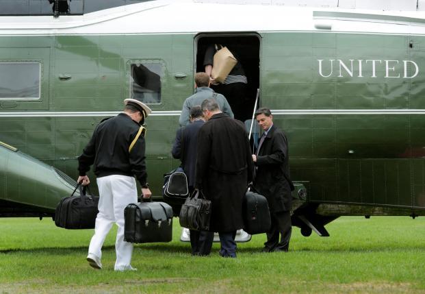 Đoàn hộ tống của Tổng thống Obama (Ảnh: Reuters)