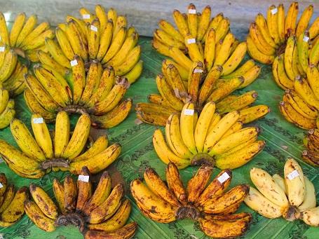 Chuối được bày bán ở khu chợ cổ, Puerto Princesa, Palawan