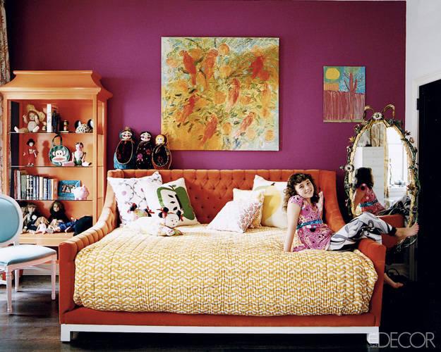 Căn phòng mang phong cách hiện đại dành cho bé gái.