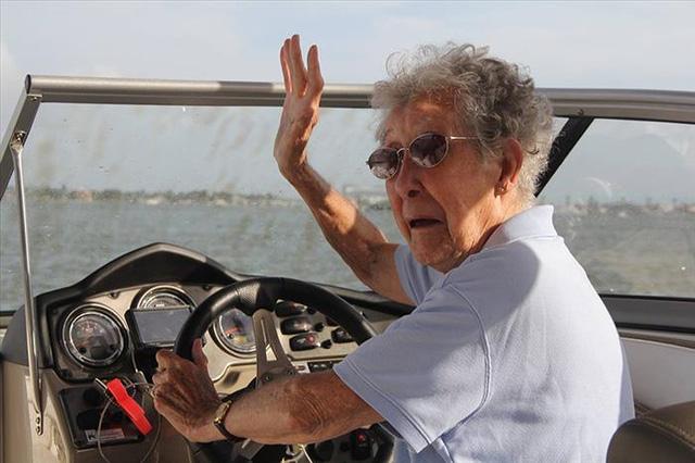 Mặc dù Norma đã đến châu Âu cùng con gái Stacy khi cô còn sống, nhưng bà chưa bao giờ đến bất kỳ bang nào của nước Mỹ, trừ Michigan.