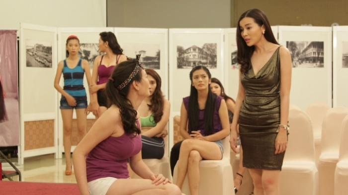 Vai Kim Oanh của Cao Thái Hà trong phim Đồng tiền quỷ ám tạo được nhiều ấn tượng với khán giả