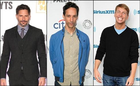 Bộ ba lồng tiếng cho các anh em xì trum còn lại cũng dần lộ diện: Joe Manganiello (Tí Lực Sĩ), Danny Pudi (Tí Thông Thái) và Jack McBrayer (Tí Vụng Về) (từ trái qua).