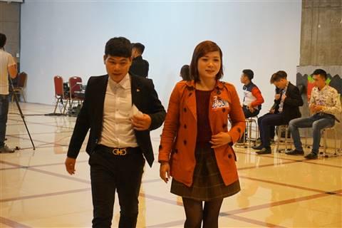 Hai thí sinh được Lưu Thiên Hương khen có giọng hát tốt, nhưng khuyên nên thi Sao Mai
