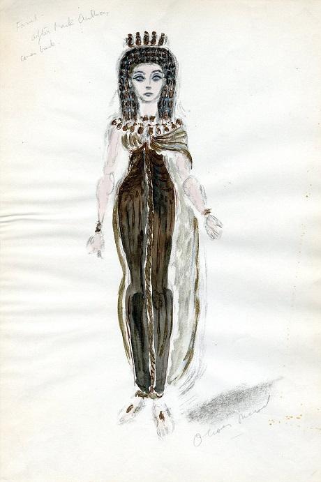 """Một bức vẽ phác họa thiết kế trang phục của vai diễn Cleopatra do Vivien Leigh đảm nhiệm trong phim """"Caesar & Cleopatra"""" (1945)."""