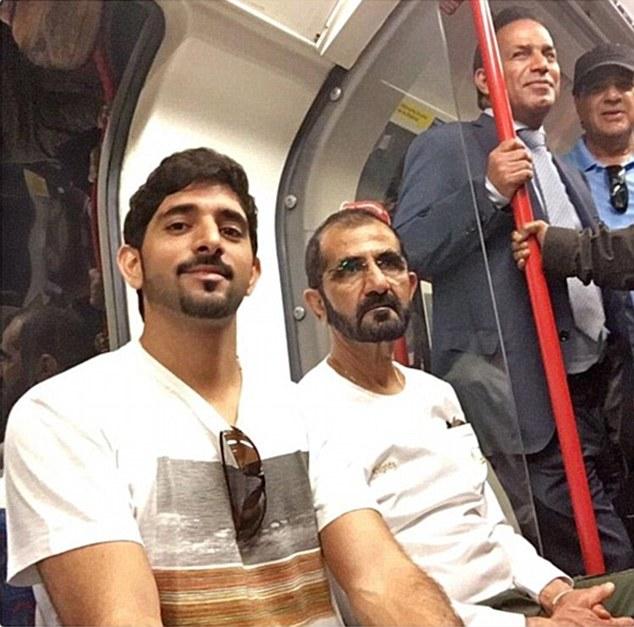 Phó tổng thống kiêm Thủ tướng Các tiểu vương quốc Arab Thống nhất đã cùng con trai, Thái tử Dubai Hamdan Bin Mohammed Al Maktoum, trải nghiệm tàu điện ngầm trong thời gian ở London.