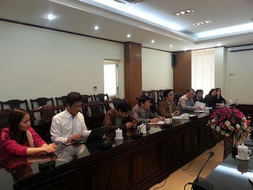 PTGĐ Phạm Việt Tiến cùng các thành viên trong đoàn công tác Đài THVN trao đổi về công tác tổ chức LHTHTQ 36