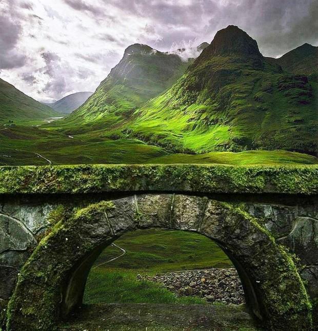 Mái vòm cổ ở cao nguyên Glencoe, Scotland