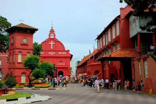 Phía Đông của thành phố Malacca là khu trung tâm mang dáng dấp của những khu phố cổ theo kiến trúc của châu Âu. Ảnh: wonderslist.