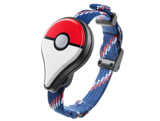 Pokémon GO Plus sở hữu chi tiết giống với quả cầu Poké Ball sử dụng để bắt Pokémon