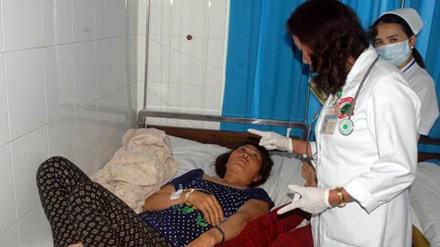 Bệnh nhân bị ngộ độc đang được điều trị tại bệnh viện. (Ảnh: VOV)