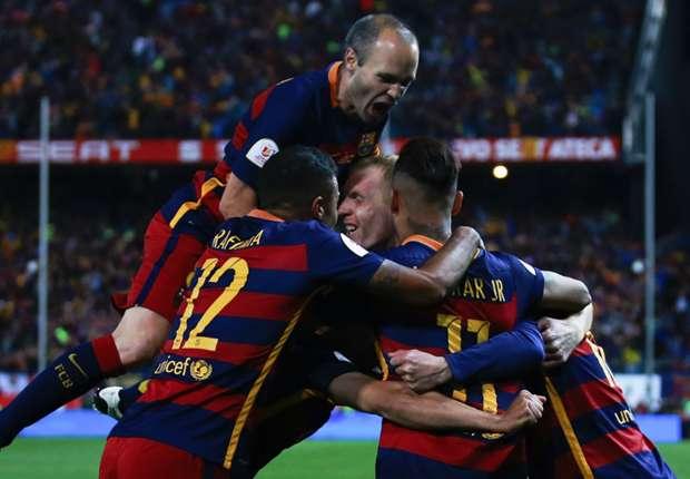 Barca vượt khó giành cúp đúp danh hiệu mùa này.