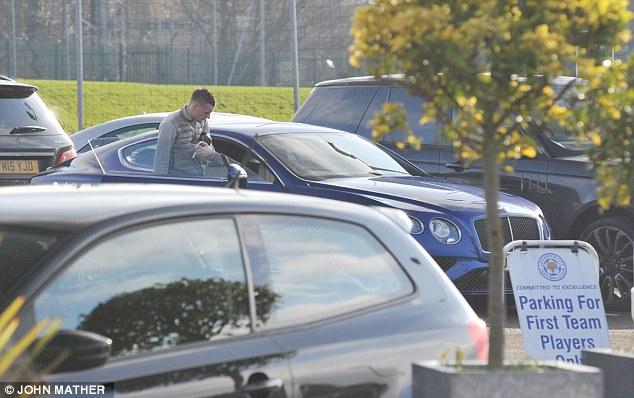 Với Bentley Continental GT, Vardy gia nhập nhóm các cầu thủ chơi xe sang tại Anh quốc.