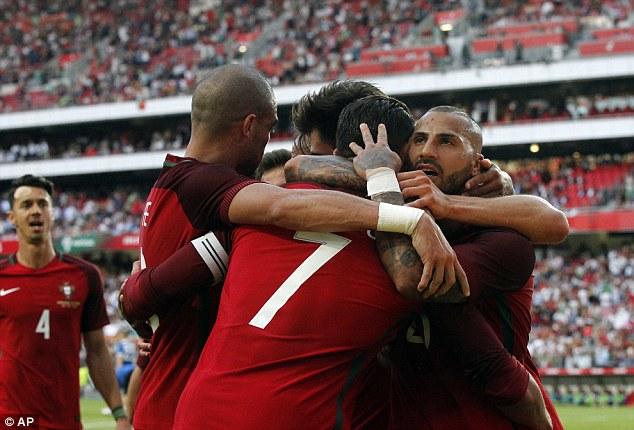 Thắng đậm Estonia trong trận giao hữu giúp Bồ Đào Nha tự tin hướng đến Euro 2016. Ảnh: AP
