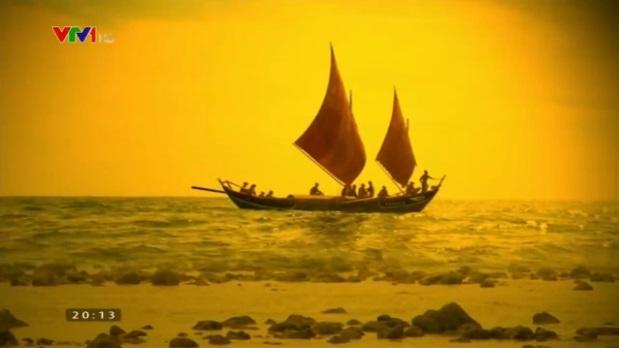 Hình ảnh chiếc thuyền câu của đội Hoàng Sa bắc hải được phục dựng trong phim