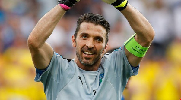 Gianluigi Buffon (Italia - 38 tuổi)