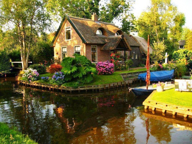 Ngôi làng kênh đào nổi tiếng của Hà Lan