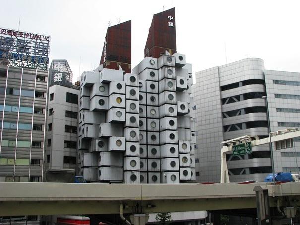 Tháp con nhộng Nakagin, Tokyo, Nhật Bản