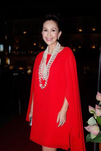 """Ở tuổi 54, Diễm My được mệnh danh là """"mỹ nhân không tuổi"""" của làng giải trí Việt."""
