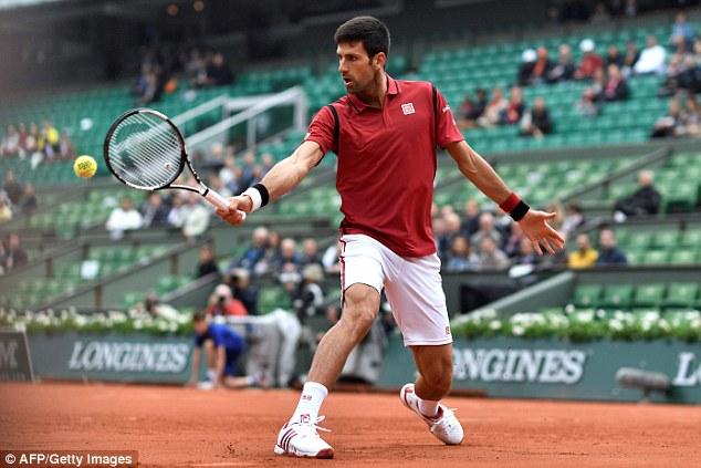 Djokovic tiếp tục băng băng trên hành trình chinh phục Roland Garros. Ảnh: Getty