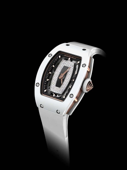 Đồng hồ RM 07-01 với bộ vỏ làm bằng ceramics ATZ trắng với độ cứng gấp 3-4 lần thép không gỉ. (Ảnh: VnExpress)