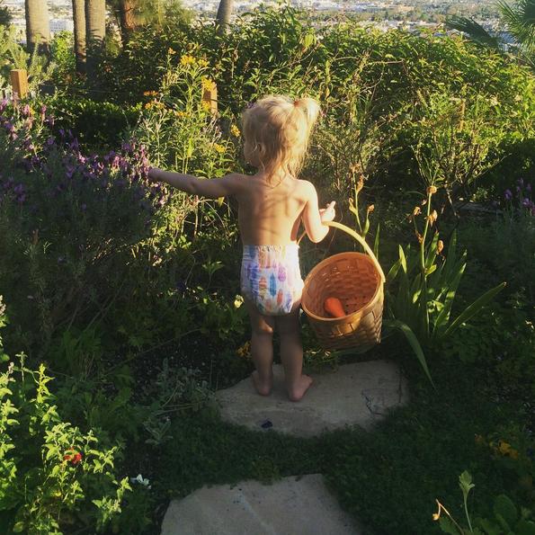 Hình ảnh dễ thương của bé Frankie - con gái thứ 2 của Drew. (Ảnh: Drew Barrymore Instagram)