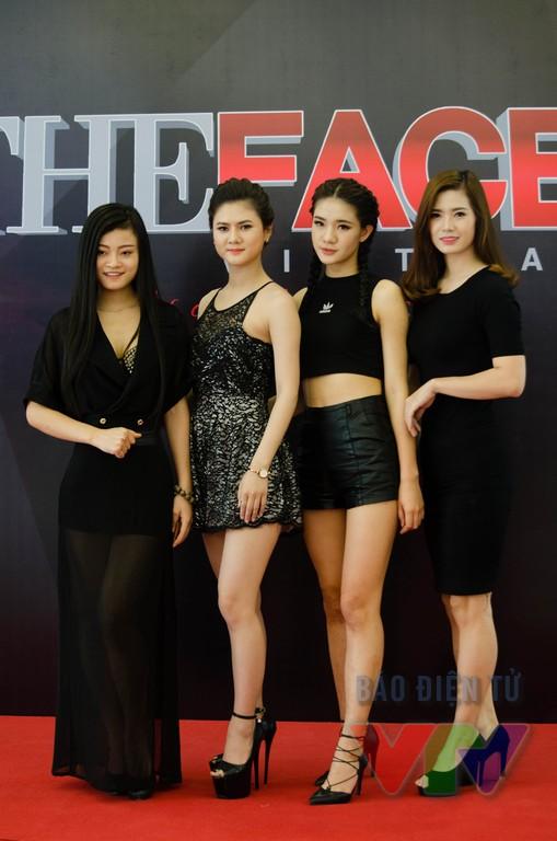 Có nhiều thí sinh đang là người mẫu tại các công ty người mẫu miền Bắc