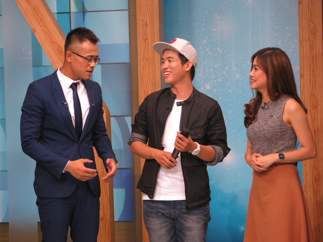 Mew Amazing chia sẻ những câu chuyện thú vị tại trường quay chương trình Cafe sáng cuối tuần ngày 1/5