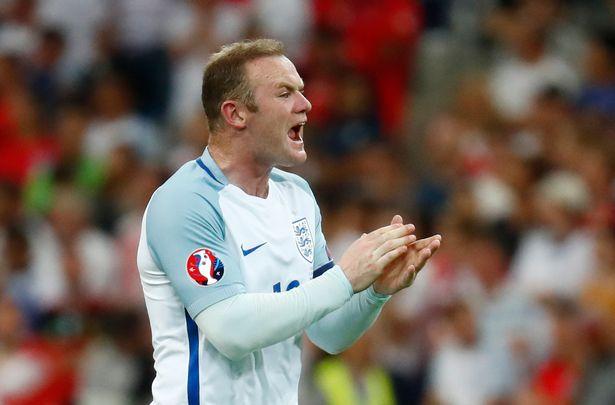 Rooney đã cho thấy anh hoàn toàn phù hợp vói vị trí tiền vệ