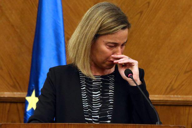 Bà Federica Mogherini rơi nước mắt khi nói về vụ khủng bố ở Bỉ (Ảnh: Getty)