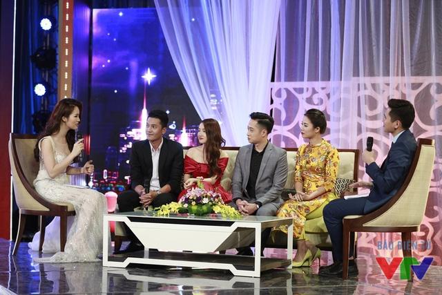 Các diễn viên Quang Tuấn, Nhã Phương, Mạnh Hưng, Quỳnh Hoa trong chương trình (Ảnh: Chu Anh)
